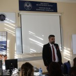 prof-dr-sir-gd-singh-in-an-academic-session-with-students